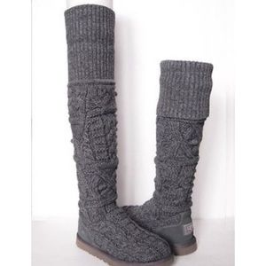 Ugg Cable Knit Gray Boots. Size 8